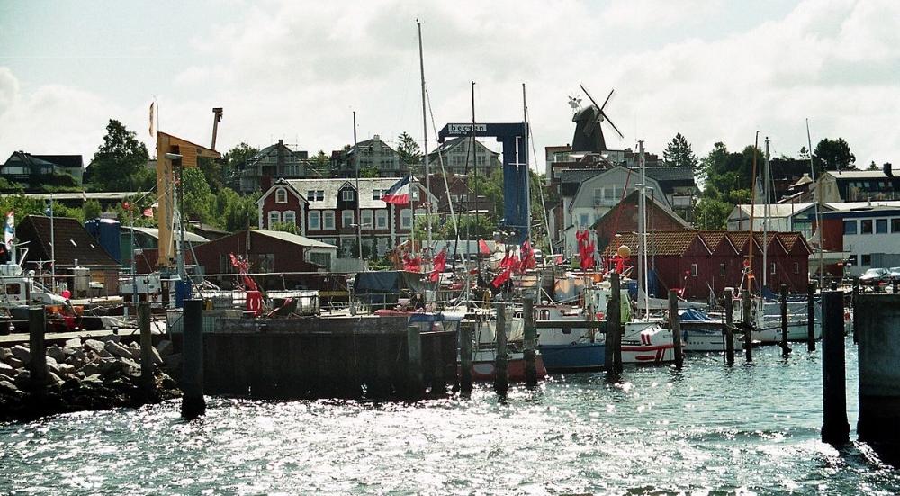 alter Yacht- und Fischereihafen Laboe